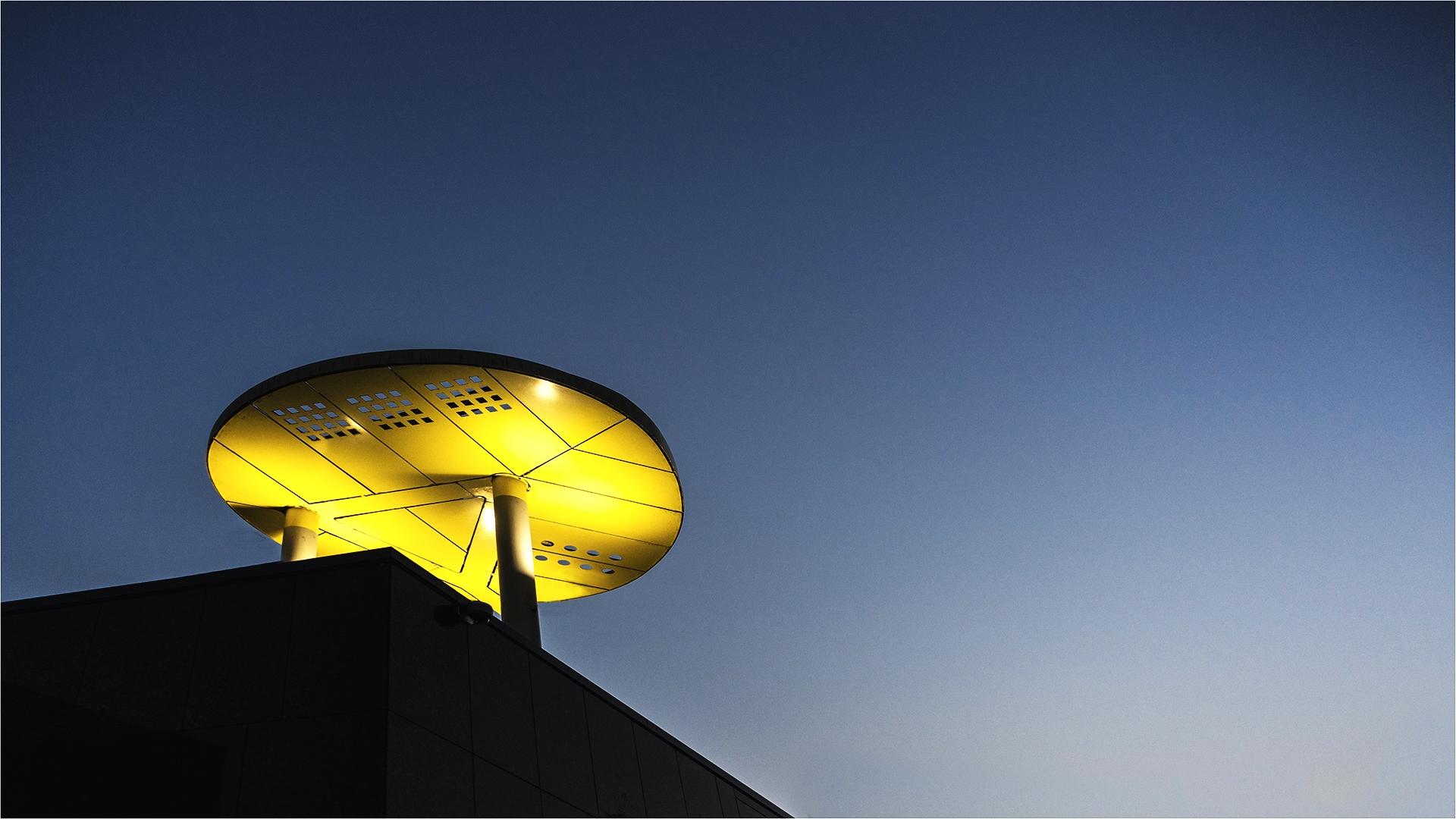 Ufo van licht © Sonja Van Aerde